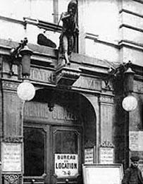 Façade du Théâtre Déjazet vers 1920